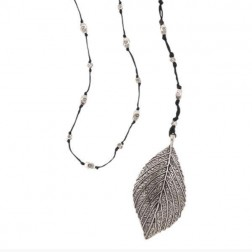 Necklace - Big Leaf Necklace